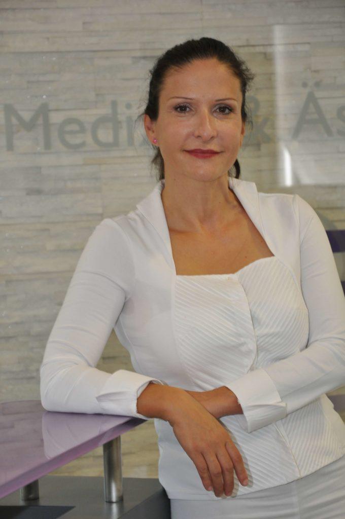 Dr. med. Agoura | Oralchirurgie T1